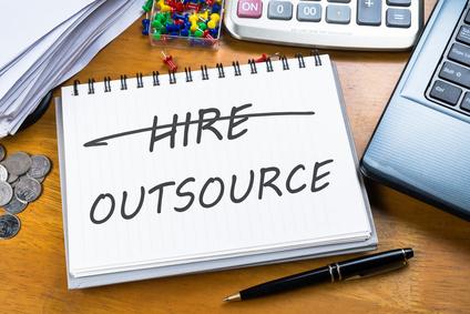 Comment externaliser des travaux à un prestataire de services administratifs